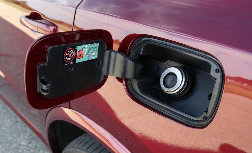 2018 Dodge Durango SRT - Slide 34