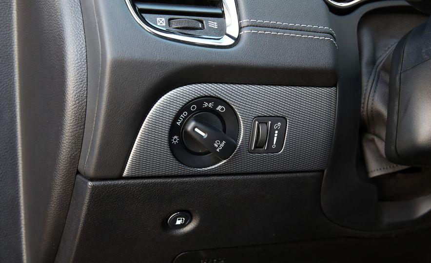 2018 Dodge Durango SRT - Slide 70
