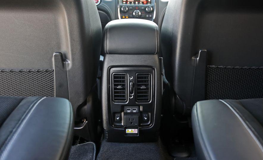 2018 Dodge Durango SRT - Slide 78