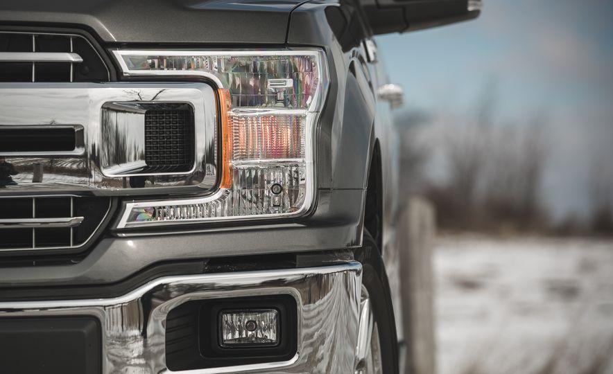 2018 Ford F-150 XLT 4x2 - Slide 18