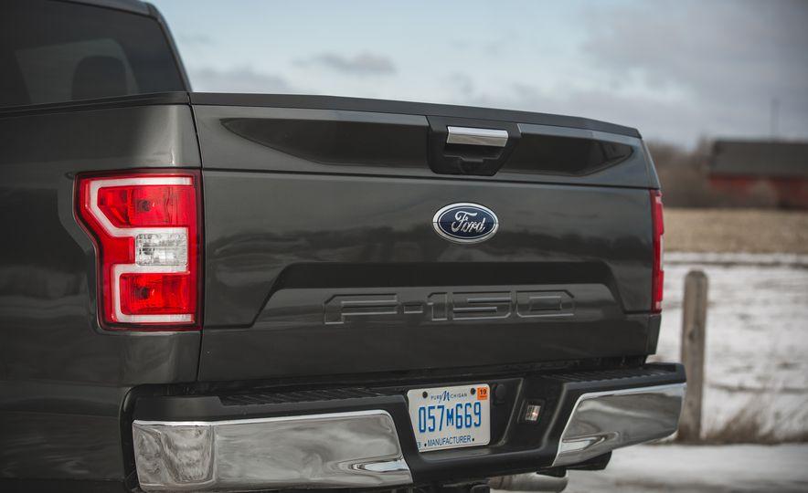 2018 Ford F-150 XLT 4x2 - Slide 22