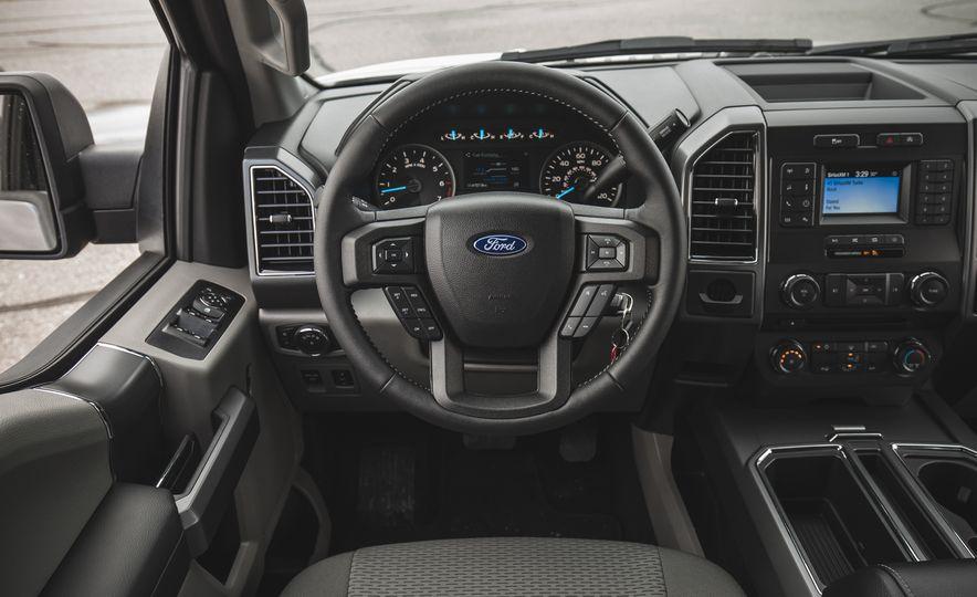 2018 Ford F-150 XLT 4x2 - Slide 28