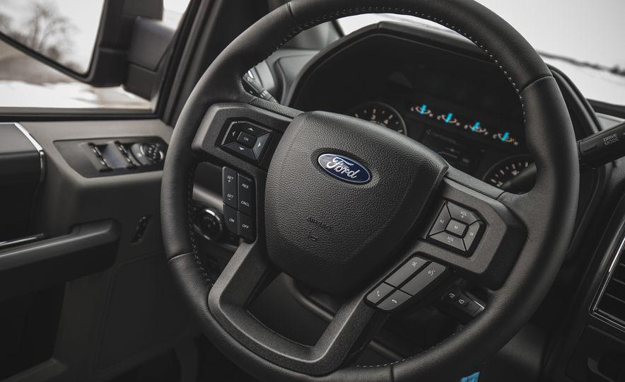 2018 Ford F-150 XLT 4x2 - Slide 29