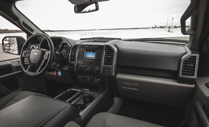2018 Ford F-150 XLT 4x2 - Slide 34