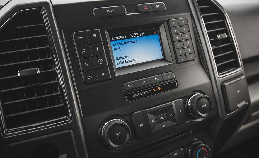2018 Ford F-150 XLT 4x2 - Slide 36