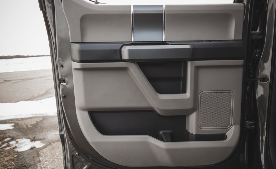 2018 Ford F-150 XLT 4x2 - Slide 49