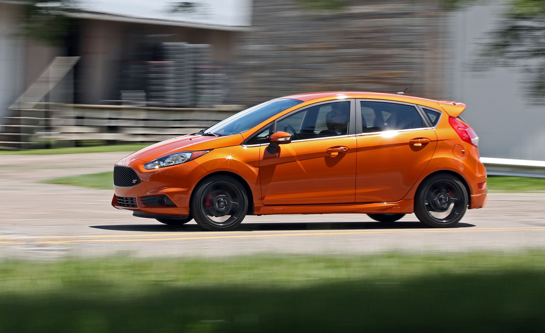 ford fiesta st reviews ford fiesta st price photos and. Black Bedroom Furniture Sets. Home Design Ideas