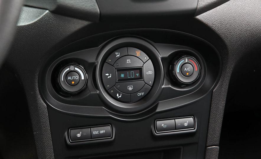 2017 Ford Fiesta ST - Slide 44