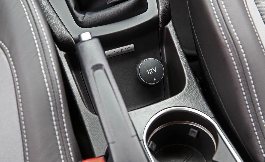 2017 Ford Fiesta ST - Slide 46