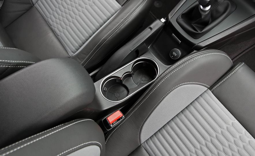 2017 Ford Fiesta ST - Slide 47