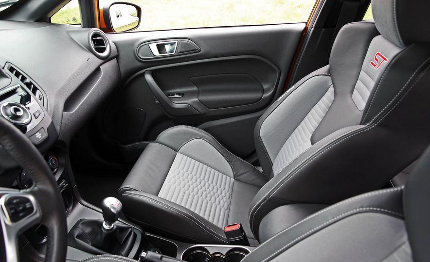 2017 Ford Fiesta ST - Slide 48