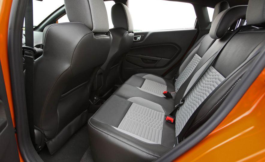 2017 Ford Fiesta ST - Slide 53