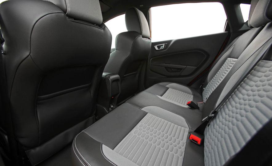 2017 Ford Fiesta ST - Slide 54
