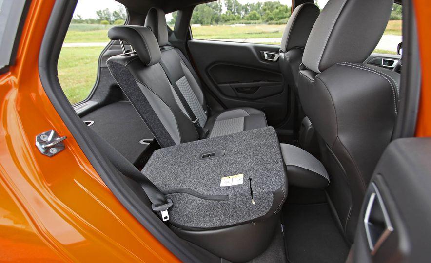 2017 Ford Fiesta ST - Slide 60