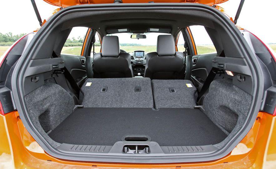 2017 Ford Fiesta ST - Slide 62
