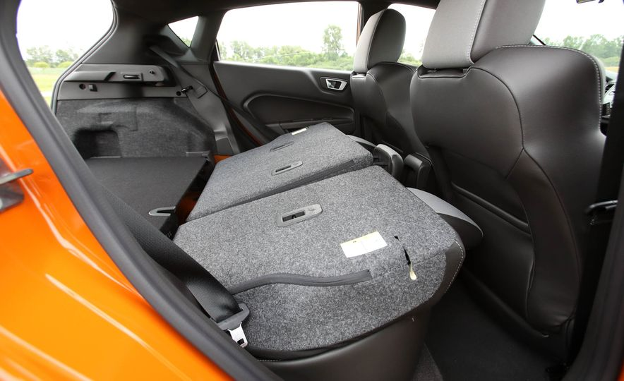 2017 Ford Fiesta ST - Slide 63