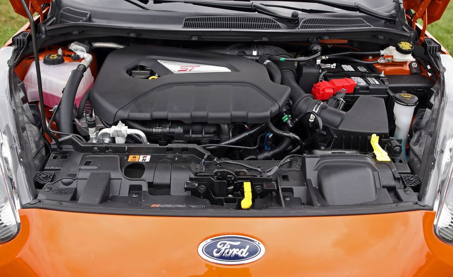 2017 Ford Fiesta ST - Slide 66