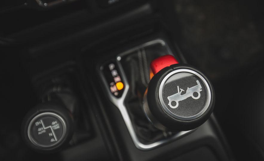 2018 Jeep Wrangler JL Unlimited Sahara - Slide 55