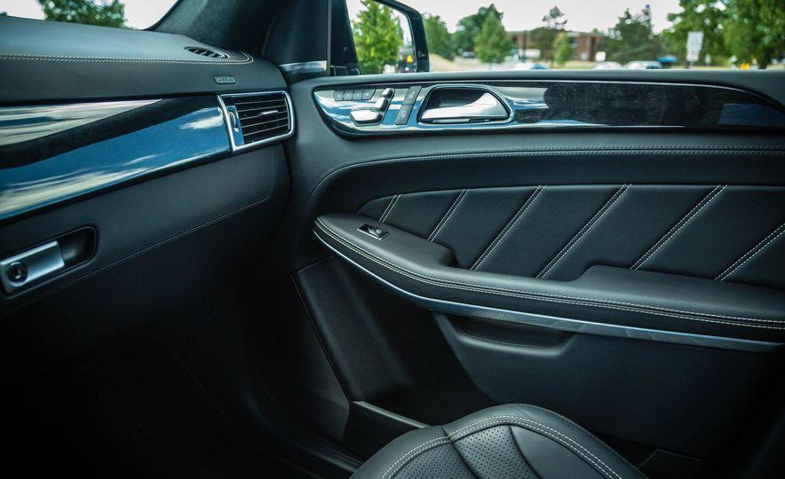 2018 Mercedes-AMG GLS63 - Slide 30