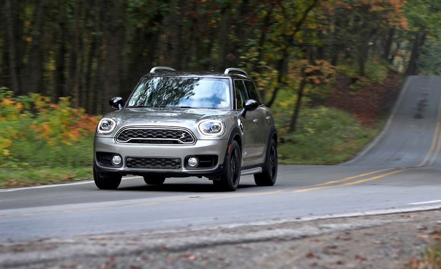 2018 Mini Cooper Countryman S E Plug-In Hybrid - Slide 1