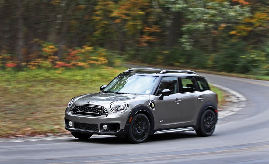 2018 Mini Cooper Countryman S E Plug-In Hybrid - Slide 3