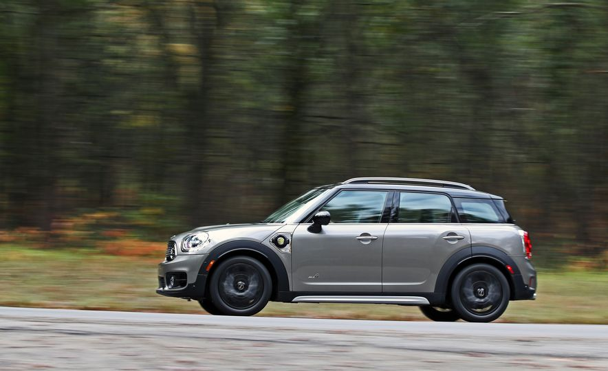2018 Mini Cooper Countryman S E Plug-In Hybrid - Slide 5