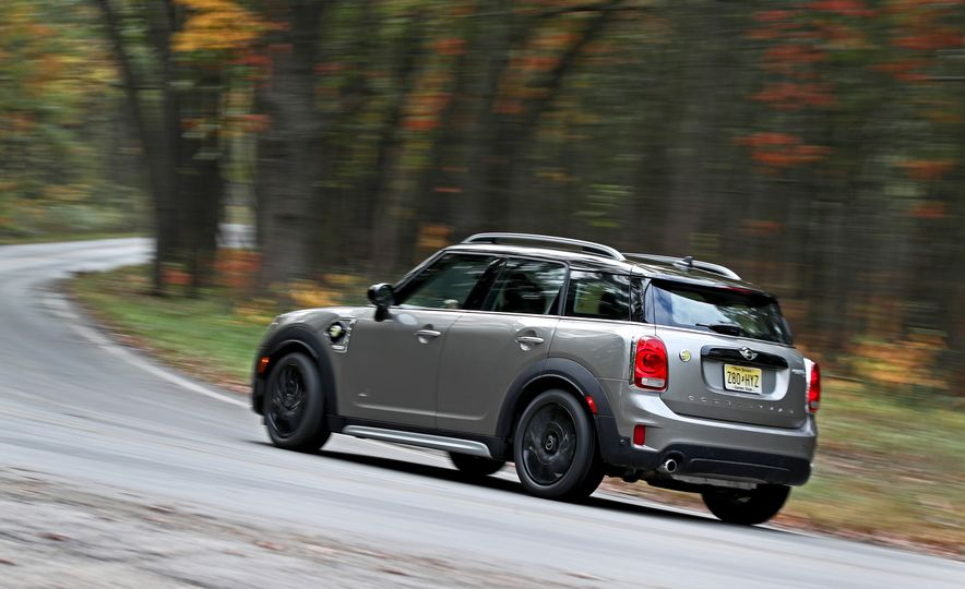 2018 Mini Cooper Countryman S E Plug-In Hybrid - Slide 7