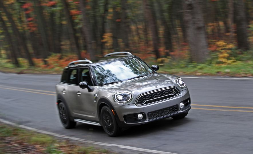 2018 Mini Cooper Countryman S E Plug-In Hybrid - Slide 12