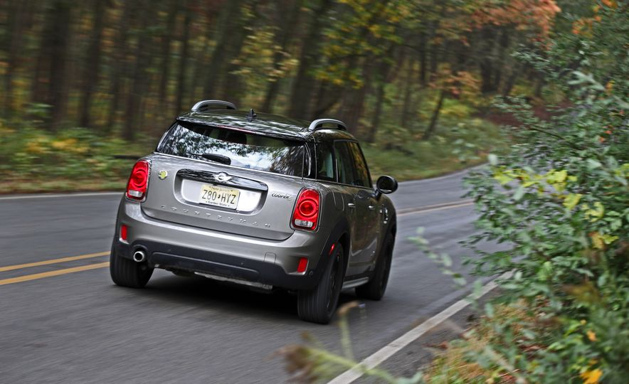 2018 Mini Cooper Countryman S E Plug-In Hybrid - Slide 13