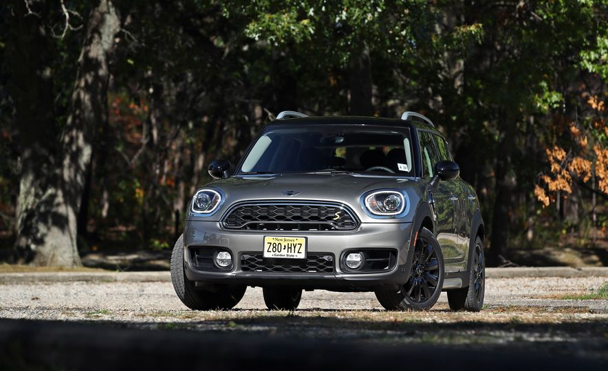 2018 Mini Cooper Countryman S E Plug-In Hybrid - Slide 14