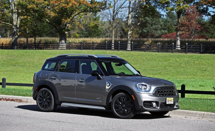 2018 Mini Cooper Countryman S E Plug-In Hybrid - Slide 18