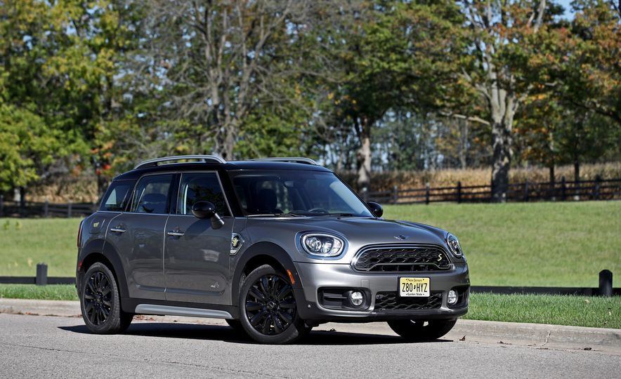 2018 Mini Cooper Countryman S E Plug-In Hybrid - Slide 19