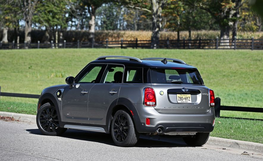 2018 Mini Cooper Countryman S E Plug-In Hybrid - Slide 20