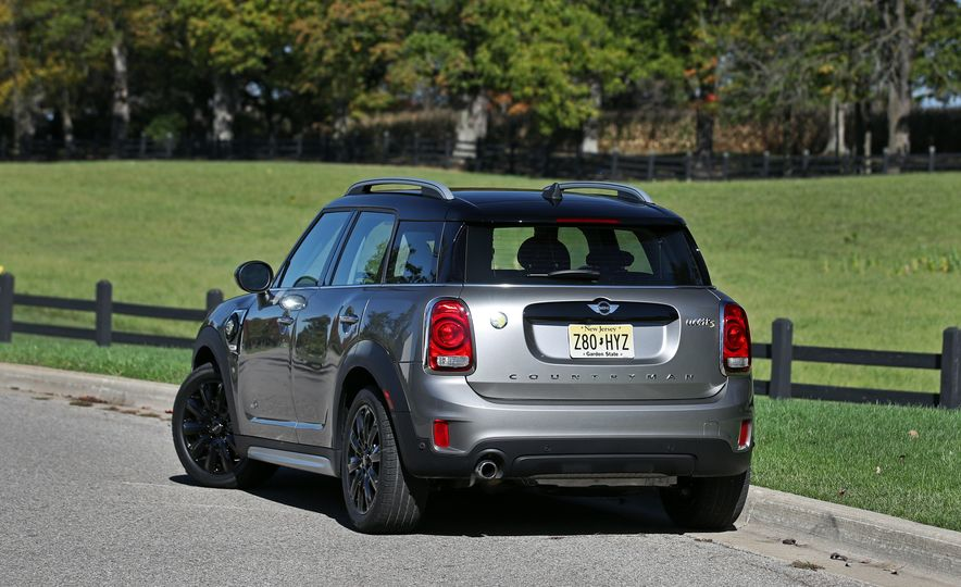 2018 Mini Cooper Countryman S E Plug-In Hybrid - Slide 21