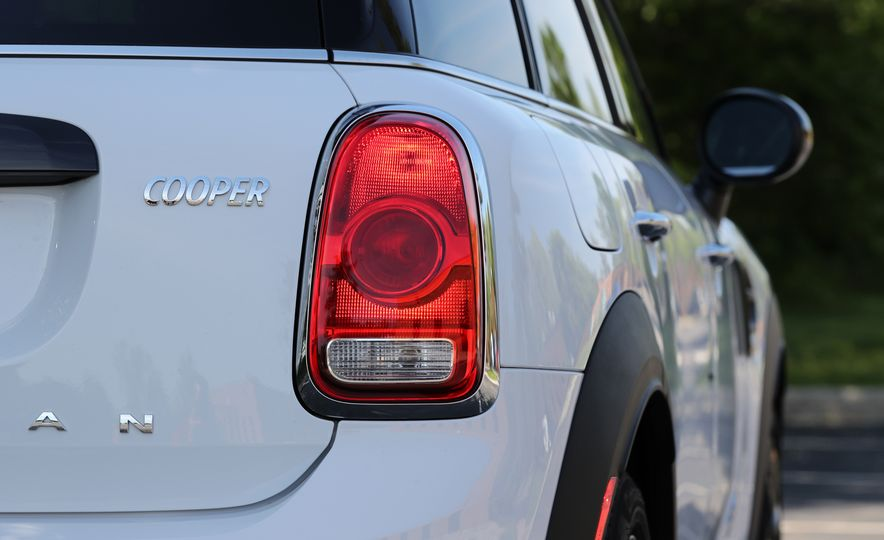 2018 Mini Cooper Countryman S E Plug-In Hybrid - Slide 106