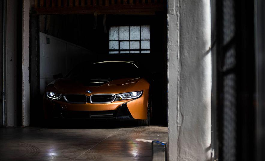 2019 BMW i8 Roadster - Slide 39