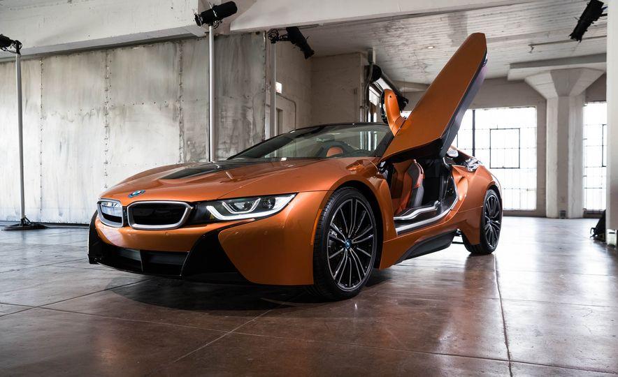 2019 BMW i8 Roadster - Slide 42