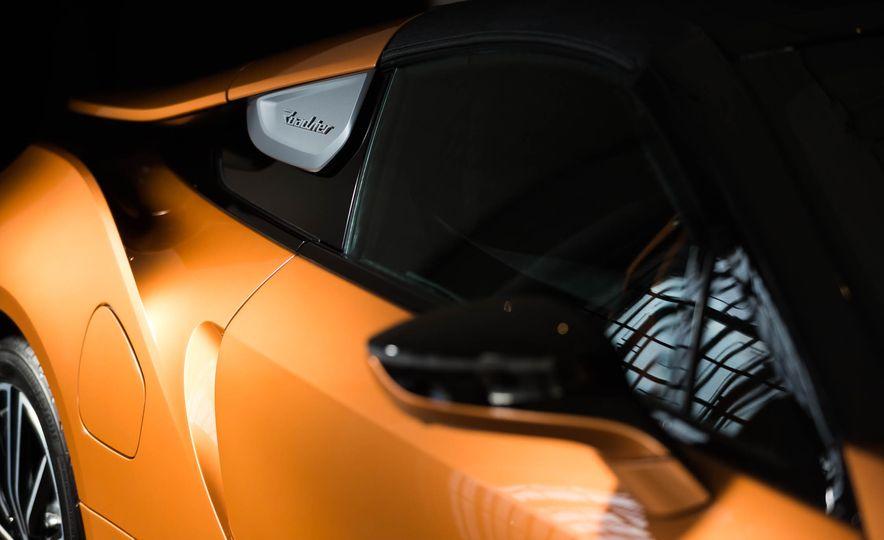 2019 BMW i8 Roadster - Slide 49