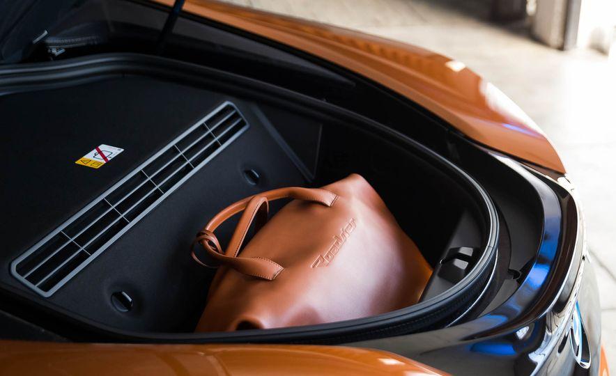 2019 BMW i8 Roadster - Slide 64
