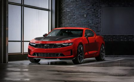2019 Chevrolet Camaro: This Refresh Is an Evolution, Not a Revolution – Official Photos and Info
