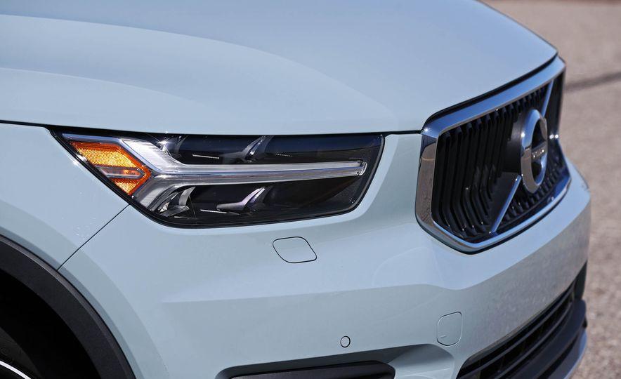 2019 Volvo XC40 - Slide 49