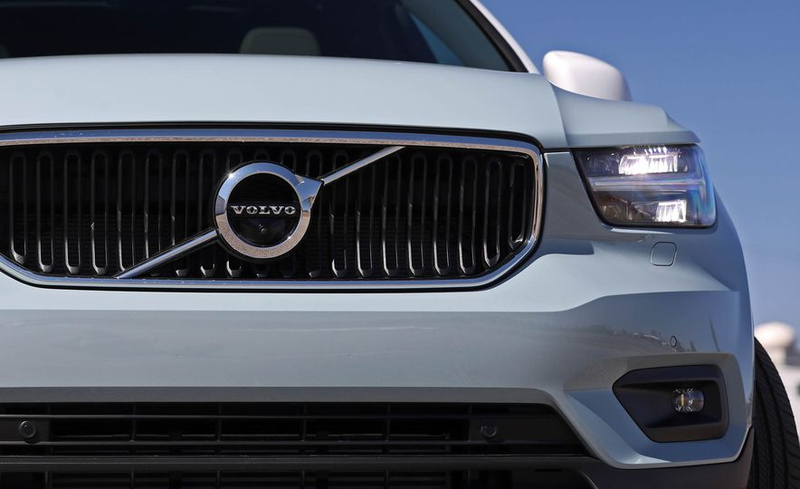 2019 Volvo XC40 - Slide 51