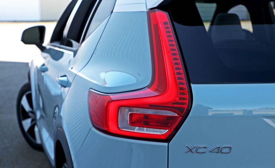 2019 Volvo XC40 - Slide 54