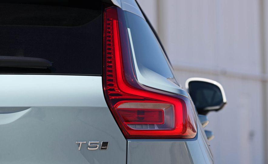 2019 Volvo XC40 - Slide 56