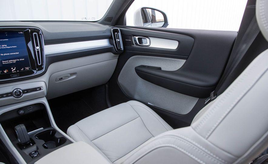 2019 Volvo XC40 - Slide 78