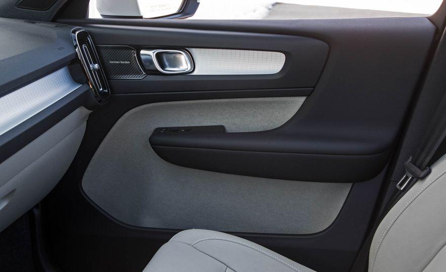 2019 Volvo XC40 - Slide 80