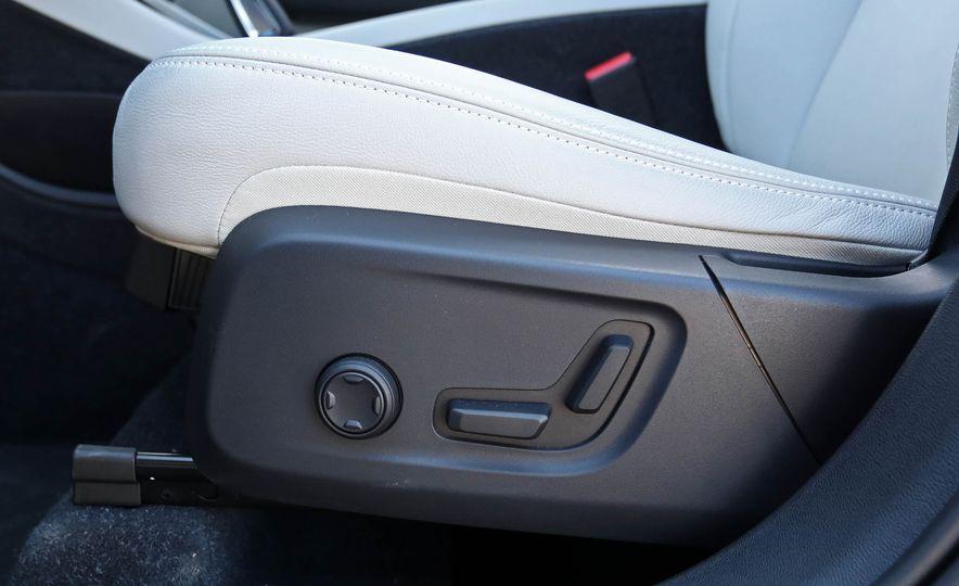 2019 Volvo XC40 - Slide 82