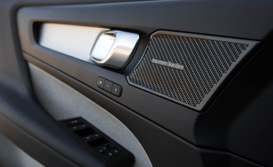 2019 Volvo XC40 - Slide 85