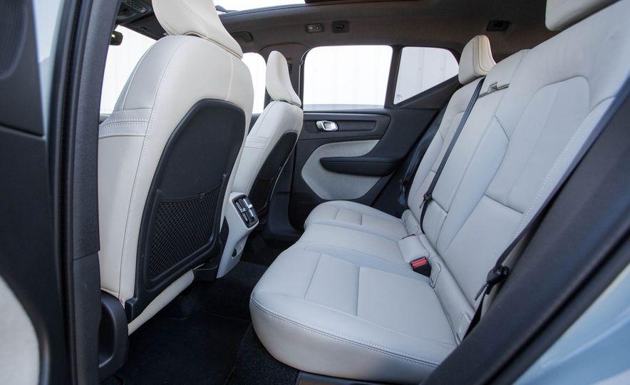 2019 Volvo XC40 - Slide 90