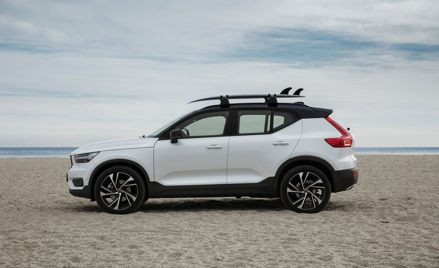 Eight Ways the Volvo XC40 SUV Is More Practical Than Its Size Suggests - Slide 1